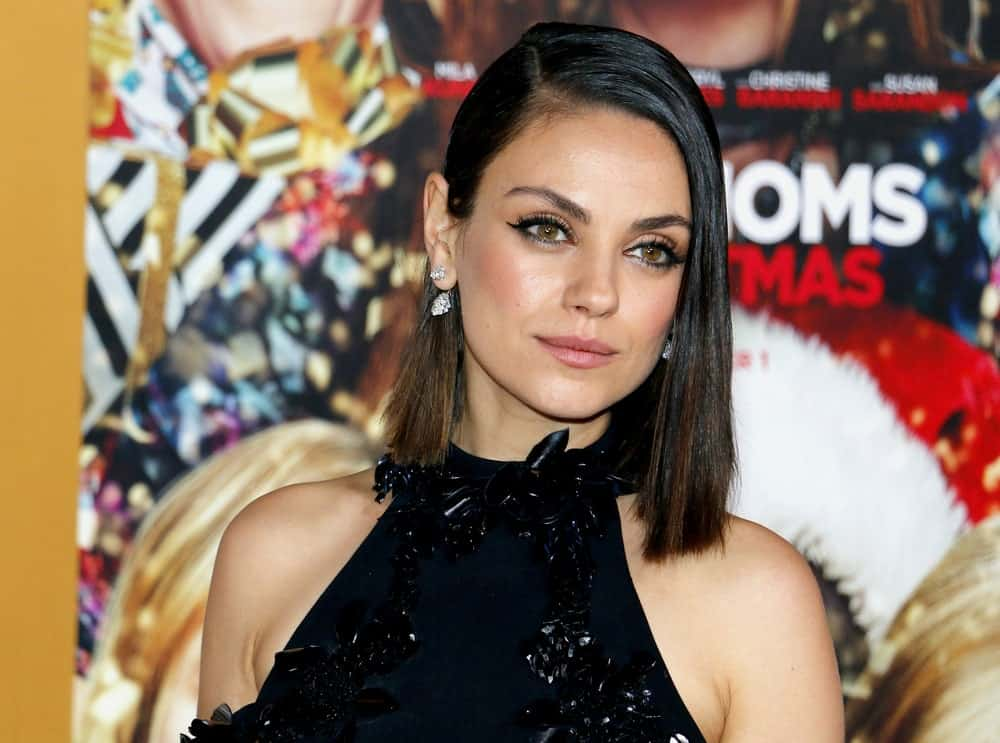 Short bobs are all the rage these days but there are so many varieties that you often get confused on how to style your hair. A great example is Mila Kunis' super straight cut lob with a side parting. The hair ends just an inch or two above her shoulders and is super elegant.