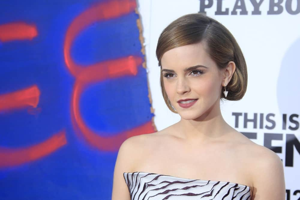 Emma Watson has sported some of the most versatile hair styles in Hollywood and this short bob is no exception. The feminist actress is sporting a side-parted short bob that curls inwards. The style gives her a very youthful look.