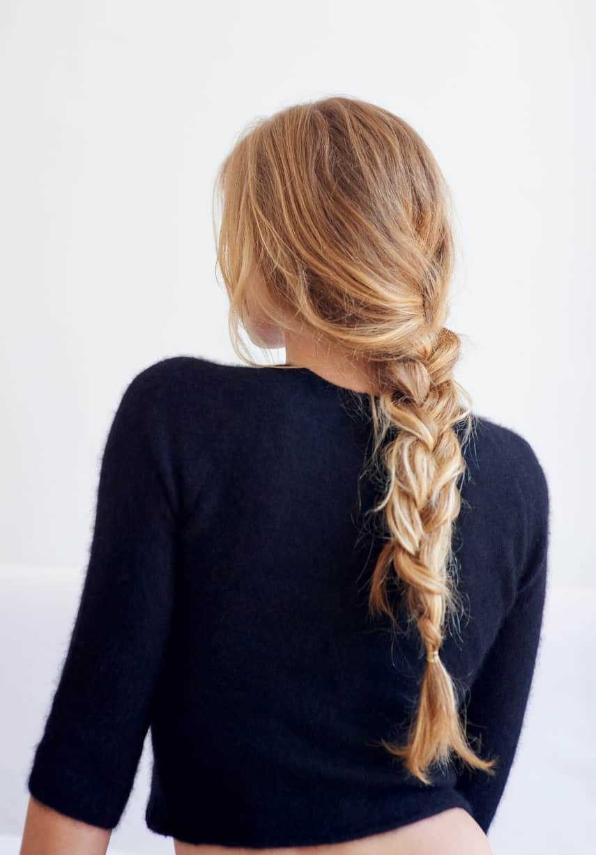 Creating this hairstyle is a no-brainer. All you have to do is divide your hair into three equal sections and then bring the right section into the middle as well as the left one, while keeping hold of the middle section throughout the process. Continue this process until you have reached the tail of your braid.