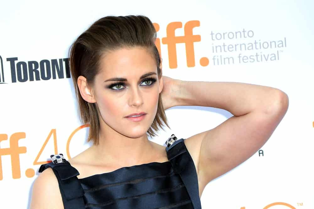 Kristen Stewart, Twilight's super star has definitely given bold and loud hair goals to all the girls and women out there. She flawlessly dons this uber-chic and stylish hairstyle that is basically a bob but all the hair has been gelled towards the back. This is an excellent choice for chiseled and sharp face features.