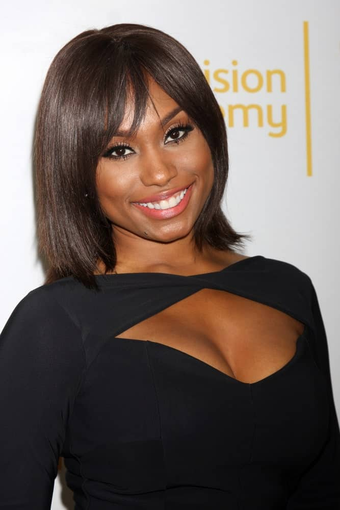 Bangs and bob is a match in heaven. Check out Angell Conwell sporting a stylish straight bob with side bangs. Go for this hairstyle when you want to bring out your facial features!