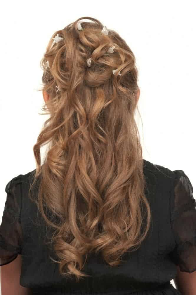 No matter your age, a hairstyle as classy as this one will make you look stunning at every party or wedding.