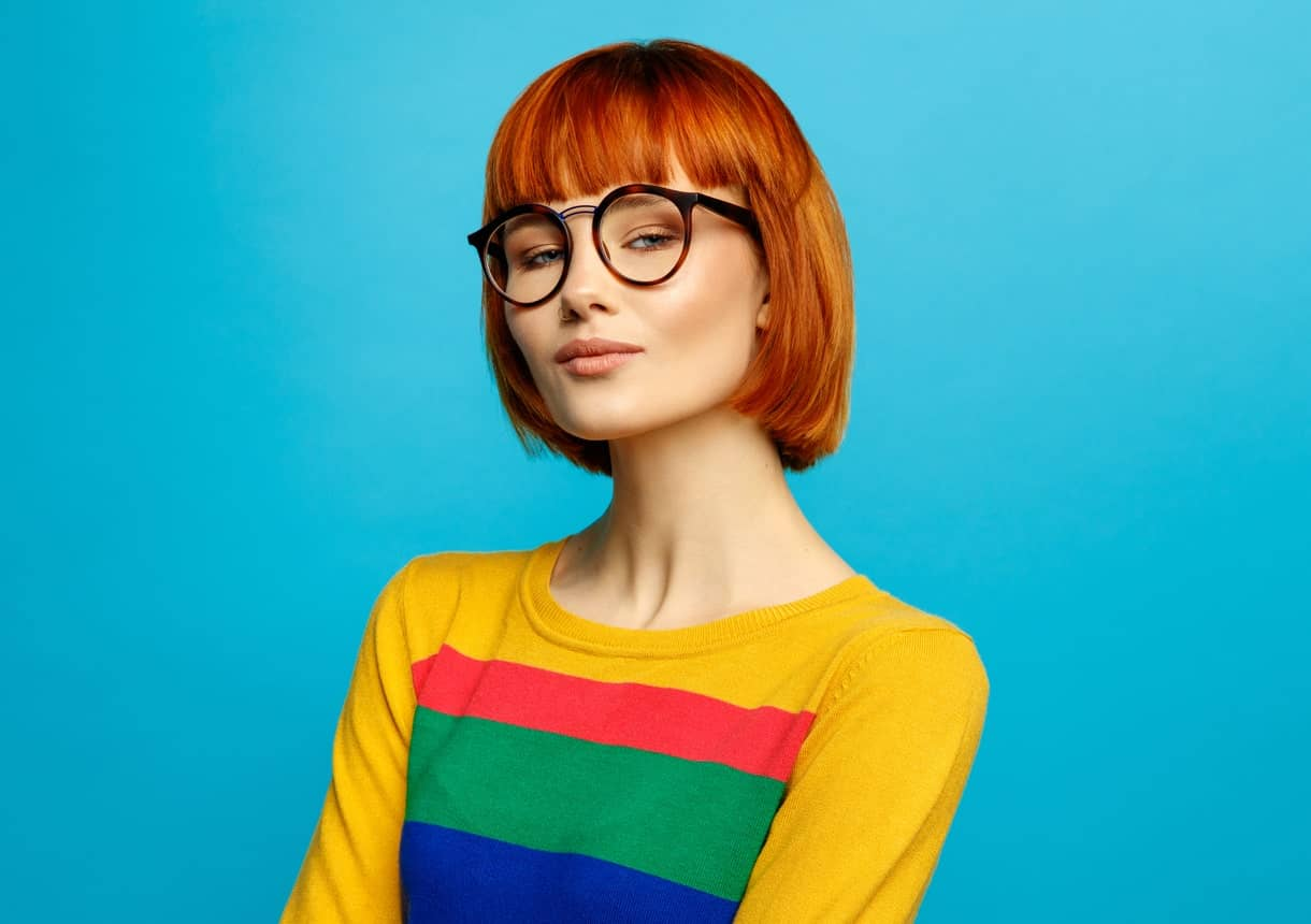 A short bob with sleek, straight fringes can be the perfect way to highlight your cheekbones and jaw line. They will frame your face in a sophisticated, beautiful way.