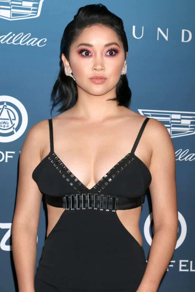 Lana Condor achieved a high-fashion yet relatable look at the Art of Elysium annual celebration last January 2019. Her simple bob is incorporated with a mini pompadour just to spice it up a bit.
