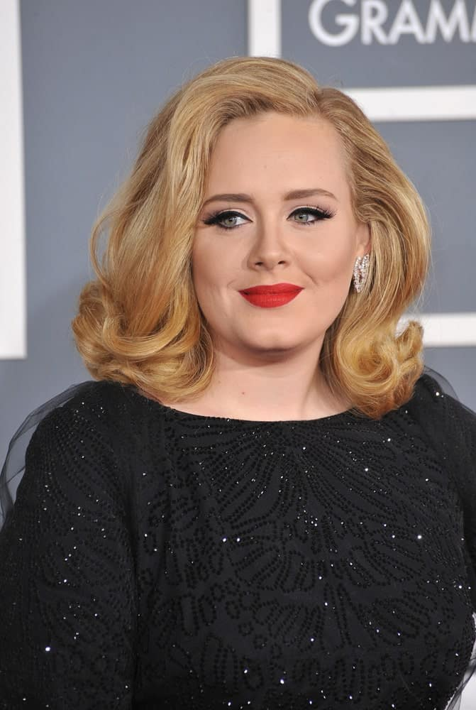 Adele's gorgeous old-school Hollywood waves are almost as gorgeous as her voice. Pair this sophisticated look with some bright red lipstick and you've got a glamorous look in the bag!