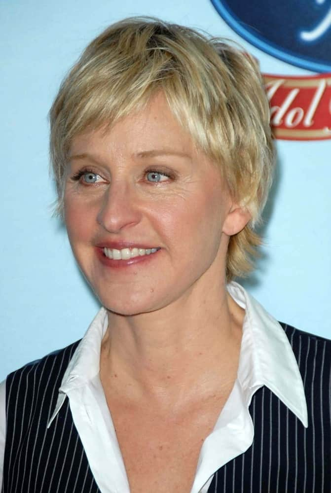 Ellen DeGeneres' extra short bob might have looked too plain if she hadn't gone for those noticeable layers throughout the short strands. Babylightsbring out the texture of choppy layers all the more. If you are looking for a haircut that does not require any further styling yet looks really chic, then this layered bob haircut for women is a good one to consider.