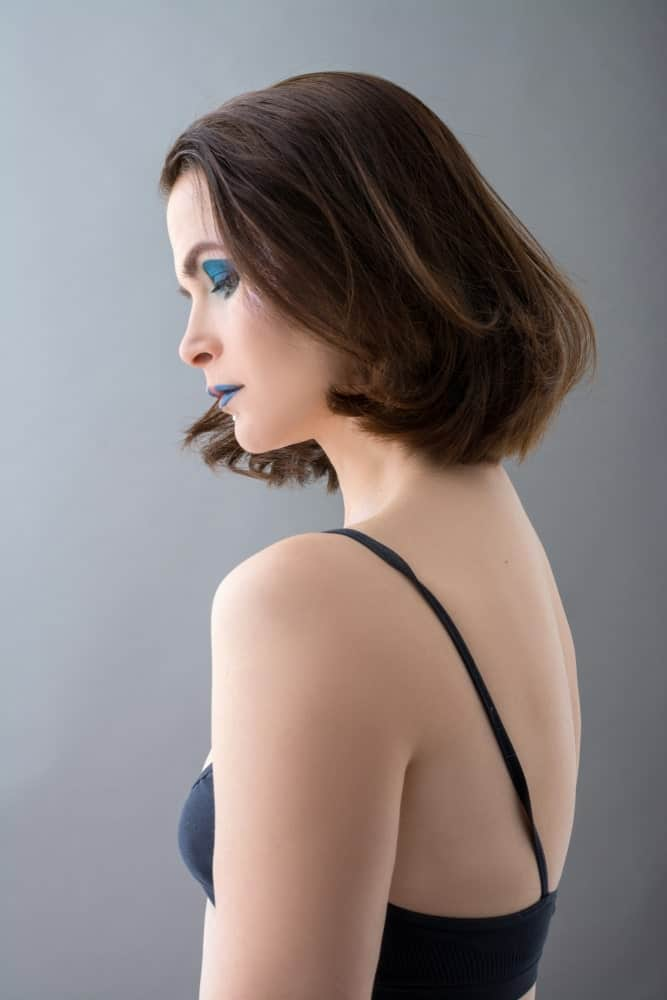 This is yet another short bob but it is still quite unique and modish. It is a simple looking bob but the hair at the end has been slightly curled inwards to give the hair added texture and dimension.