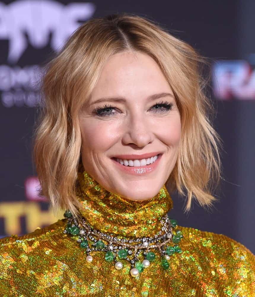 To emphasize your wonderful blonde bob, get choppy layers similar to what the charming Cate Blanchett has done here. A gradual color gradient that turns from deep brown near the roots to luminous golden at the tips further accentuates the look and gives the right mix of beauty and sophistication.