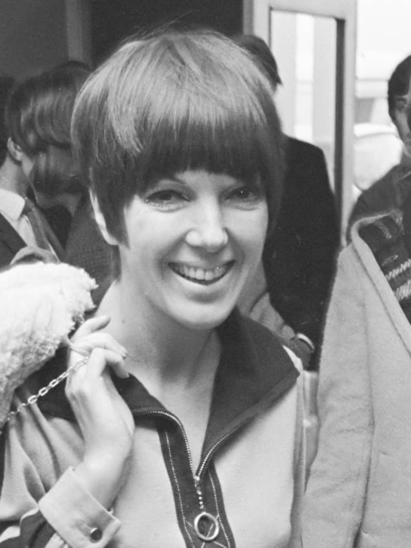 Mary Quant wearing the Sassoon cut