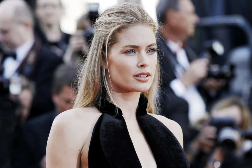 Doutzen Kroes in black