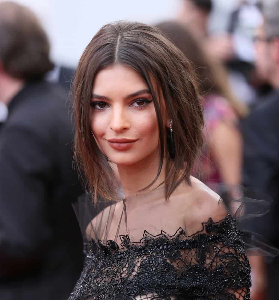 Emily Ratajkowski with layered hair