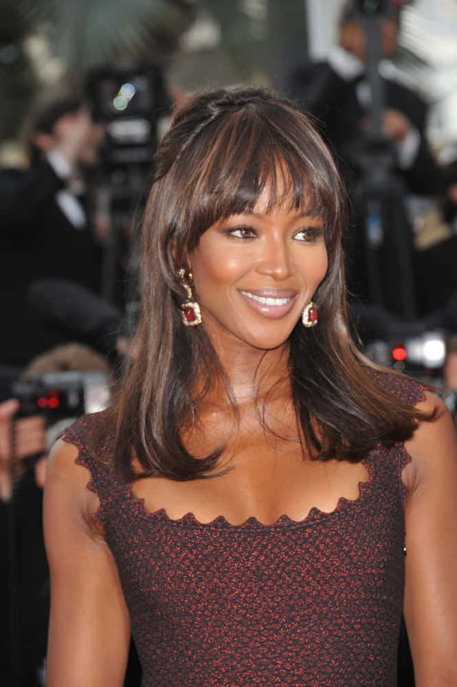 26.Naomi Campbell with precise bangs