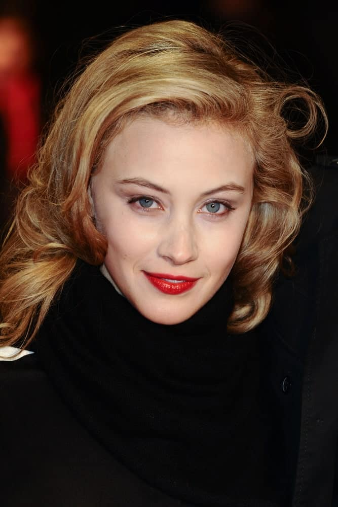 Sarah Gadon close-up