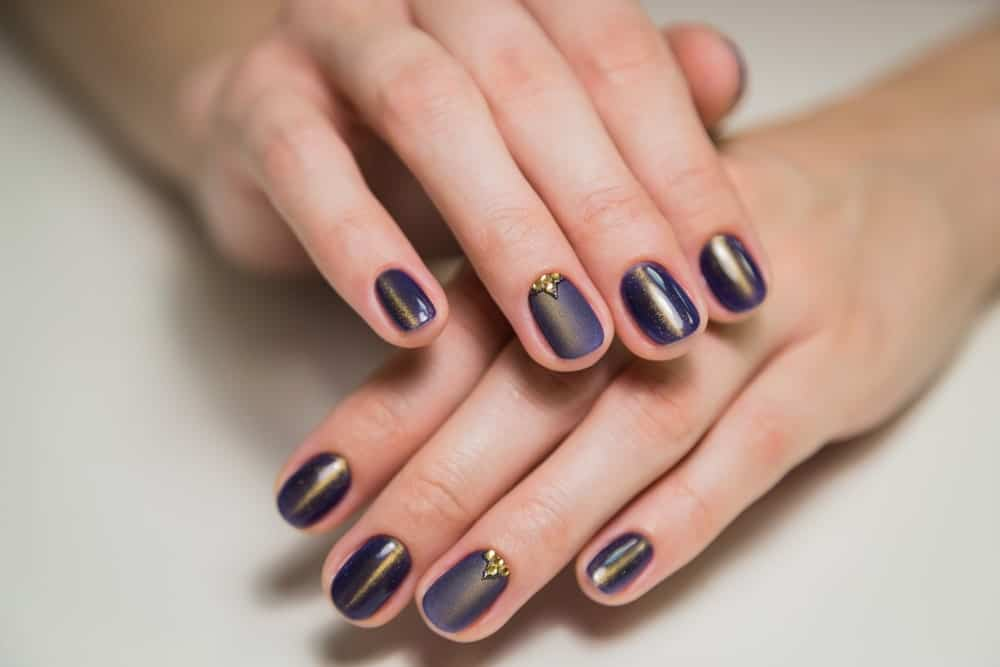 A shellac manicure on a woman's hands
