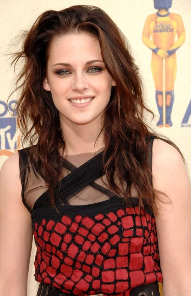 Kristen Stewart at 2009 MTV Movie Awards - ARRIVALS, Gibson Amphitheatre at Universal CityWalk, Los Angeles, CA May 31, 2009.