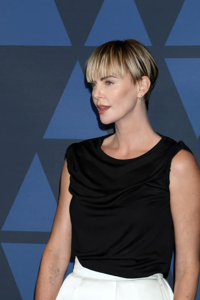 Last October 27, 2019, Charlize Theron showcased her highlighted pixie with eye-skimming bangs during the 11th Annual Governors Awards at the Dolby Theater.