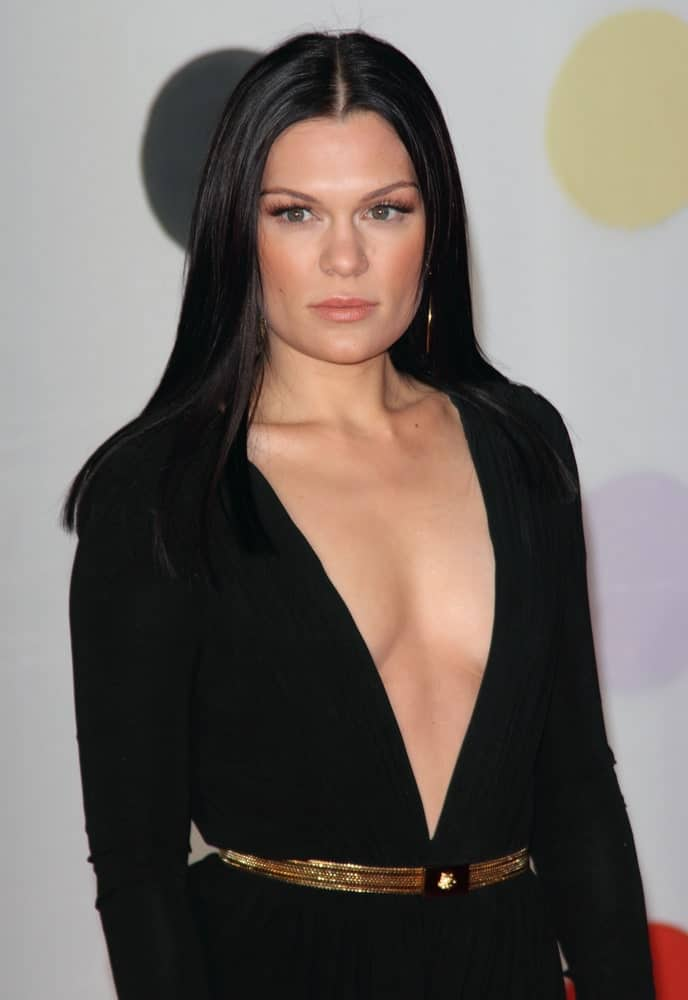 Jessie J exuded sophistication and beauty at the 2013 Brit Awards held at the O2 Arena in North Greenwich last February 21, 2012. She wore her long straight black hair with a sexy black deep V dress.