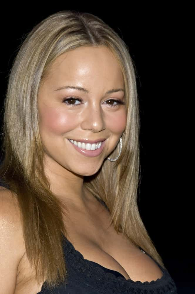 Mariah Carey smiles during the Fresh Air Fund Salute to American Heroes at Tavern On The Green, New York City, June 07, 2007.