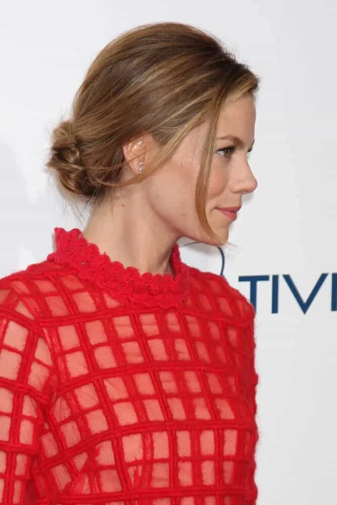 """Michelle Monaghan wore a patterned red dress that goes perfectly with her simple and messy low bun with loose bangs during the LA premiere of """"The Best of Me"""" last October 7, 2014."""