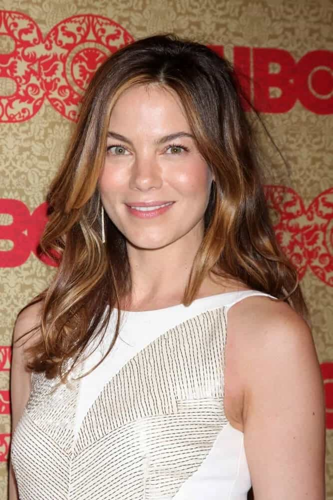 The talented Michelle Monaghan was simple yet fab with her highlighted waves tousled perfectly during the HBO 2014 Golden Globe Party held at Beverly Hilton Hotel.