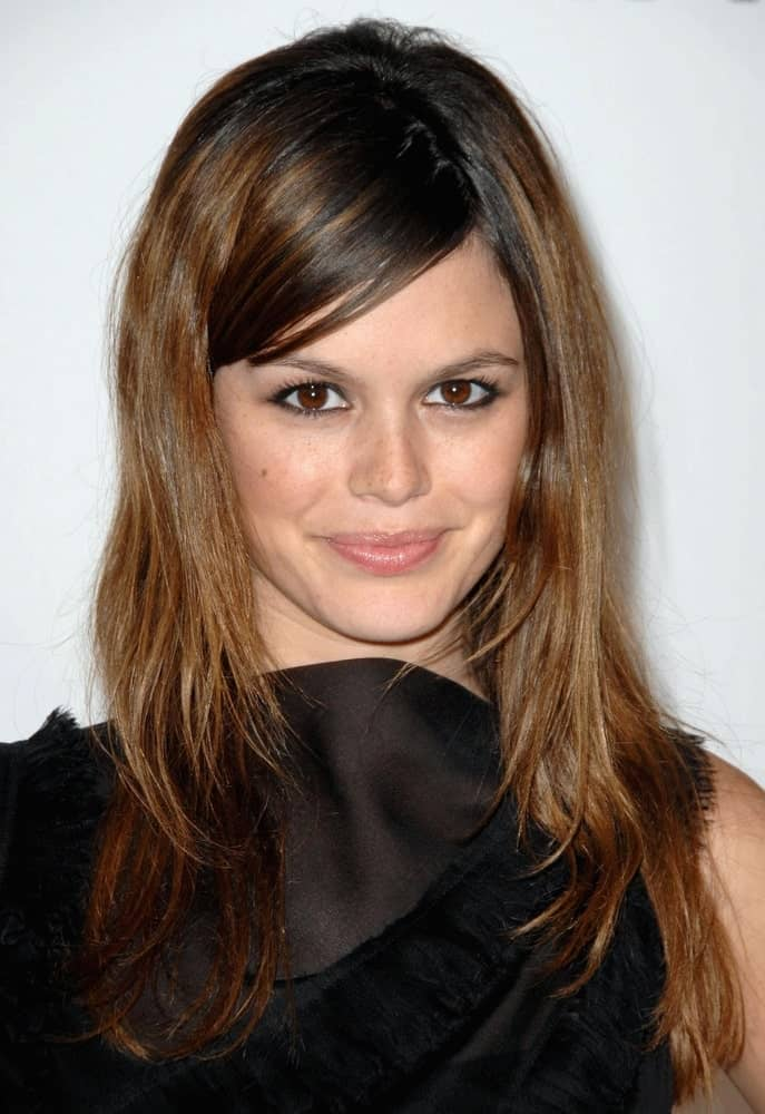 Rachel Bilson was seen at the Grand Opening Chanel New Concept Boutique last May 29, 2008 in a chic black dress and layered hair with side-swept bangs.