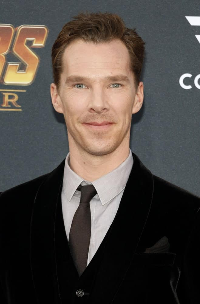 Benedict Cumberbatch exhibited a neat look showcasing a side-parted hairstyle at the premiere of Disney and Marvel's 'Avengers: Infinity War' held last April 23, 2018.