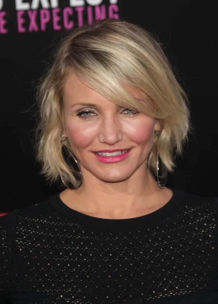 "Cameron Diaz was a graceful goddess at the premiere of ""What To Expect When You're Expecting"" with her chic and tousled bob hairstyle incorporated with side bangs last May 14, 2012."
