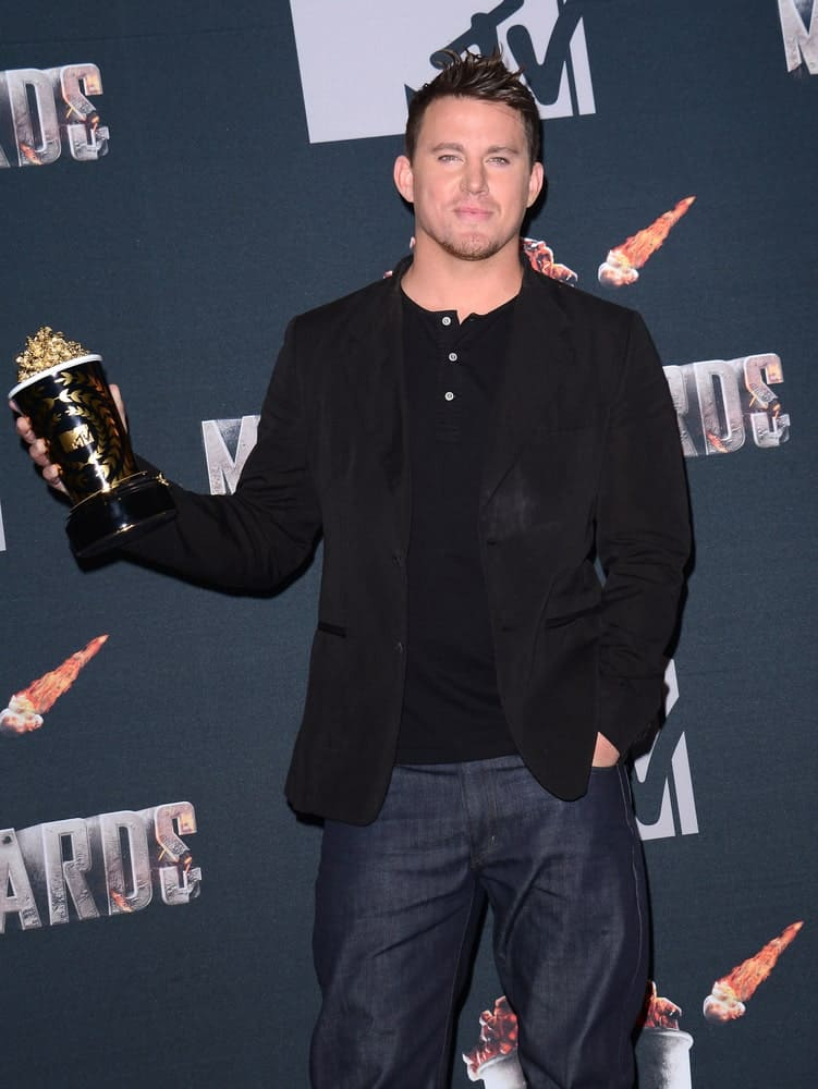 The actor styled his dark short hair with shiny front spikes during the 2014 MTV Movie Awards – Press Room at the Nokia Theatre L.A. Live in Los Angeles on April 13th.