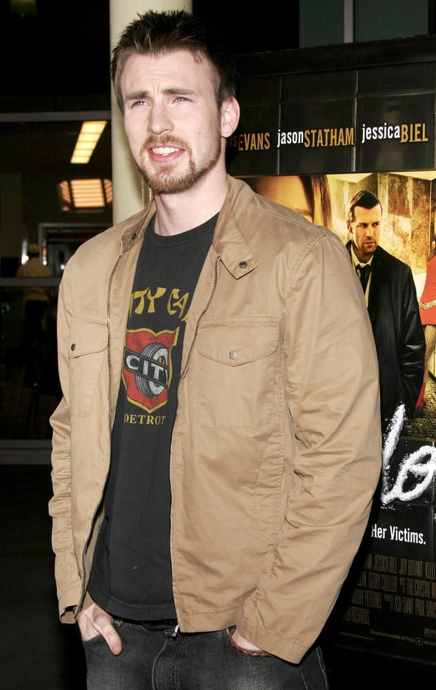 Chris Evans' gorgeous eyes were emphasized by his trimmed beard and spiky highlighted hairstyle at the Los Angeles premiere of 'London' held at the Arclight Cinemas in Hollywood on February 6, 2006.