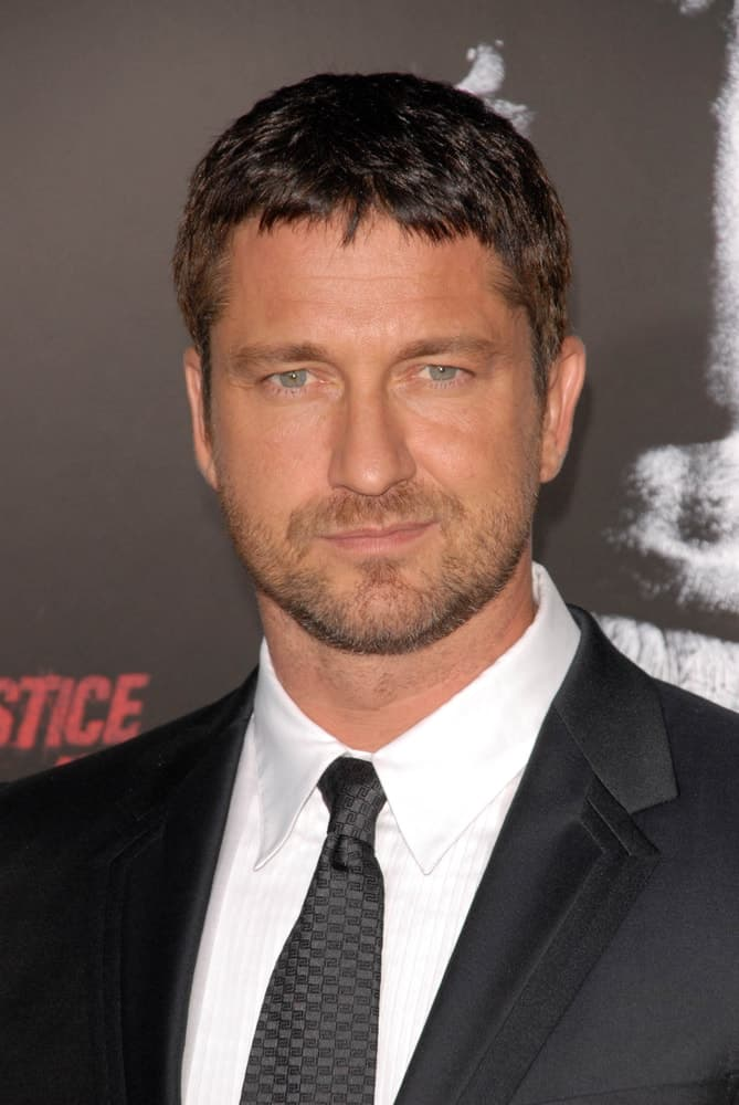 Gerard Butler at the LA Premiere of 'Law Abiding Citizen' at Grauman's Chinese Theatre, Hollywood, CA in 2009.