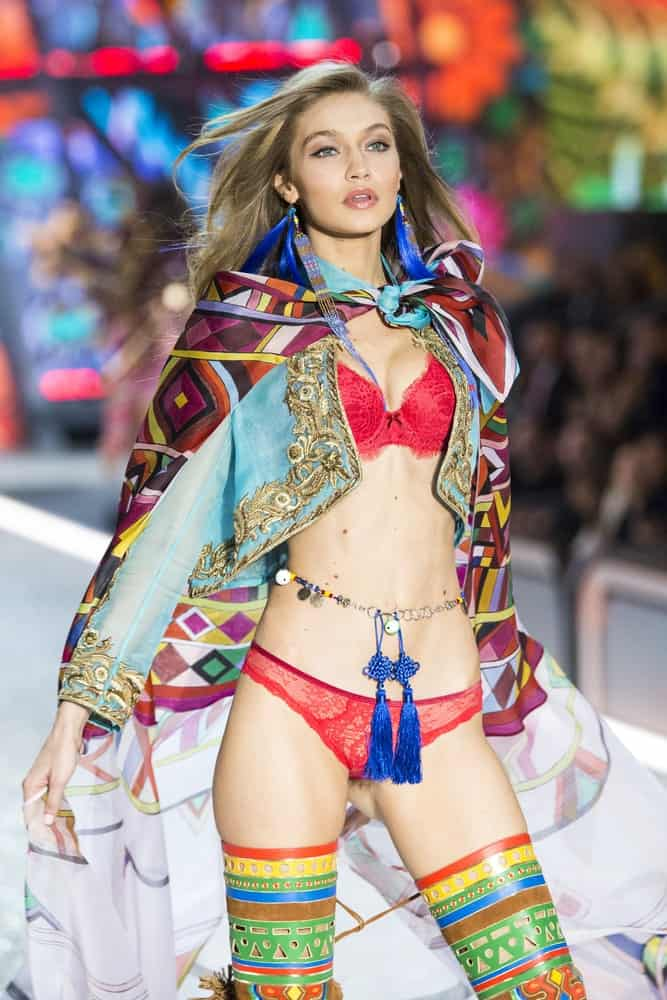 Gigi Hadid walked the runway at the Victoria's Secret Fashion Show on November 30, 2016 in Paris, France. She was dressed in a colorful outfit with her long layered hair tousled to perfection.