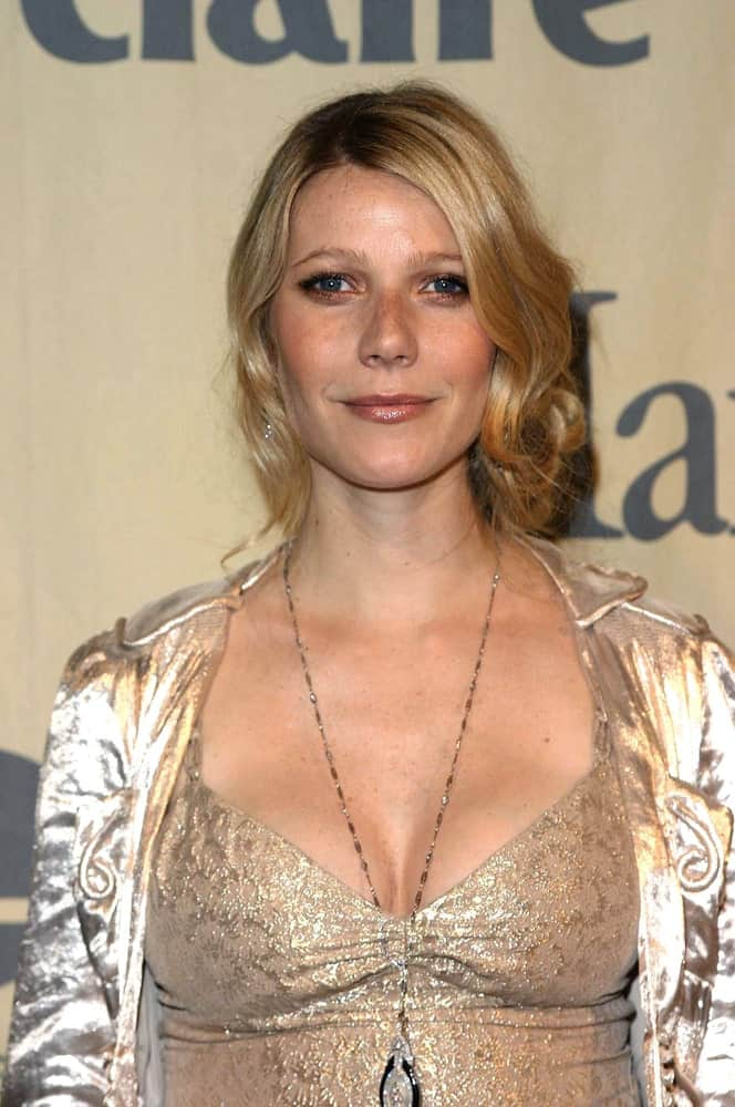 Gwyneth Paltrow arranged her blonde locks into a tousled wavy upstyle during the 2004 CRYSTAL AND LUCY AWARDS tribute to the Paltrow family on June 19, 2004.