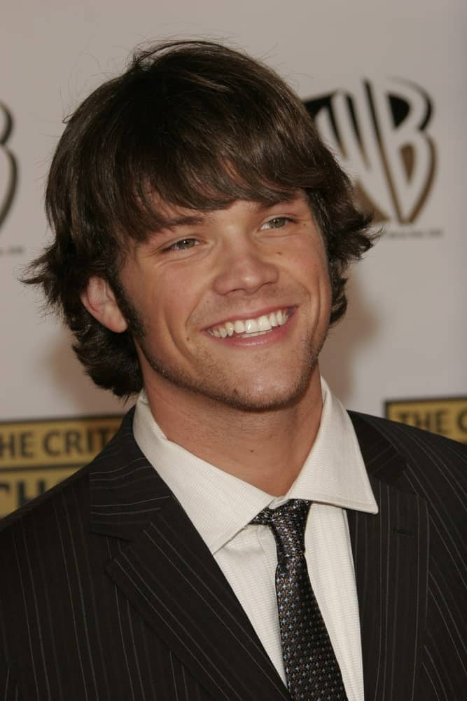 Jared Padalecki with his fringe haircut and elegant black suit during the 11th annual Critics Choice Awards on 9th of January 2006.