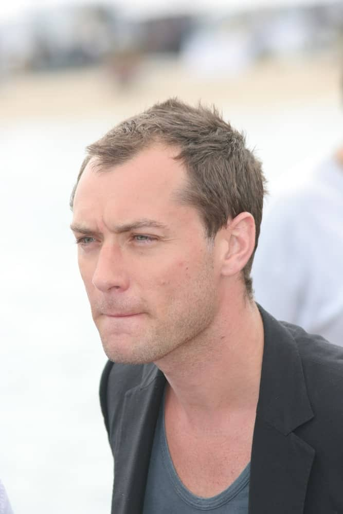 The talented actor Jude Law sported a very short and flattened hairstyle almost like it just grew from a buzz cut at The Day After Peace photocall at Majestic Beach last May 19, 2008, in Cannes, France.