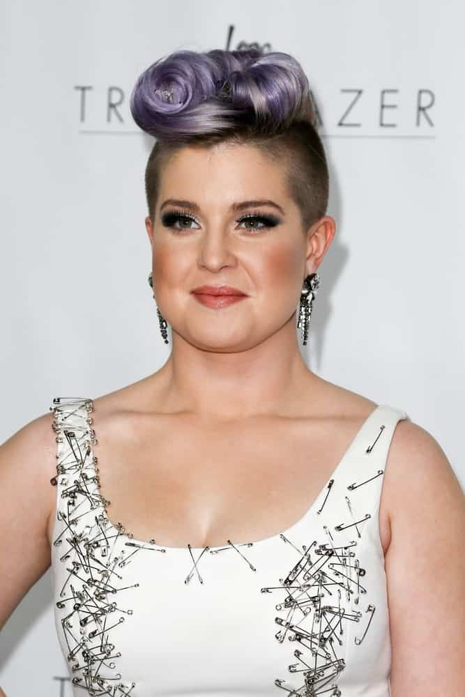 A close up look at Kelly Osbourne during the Logo TV's