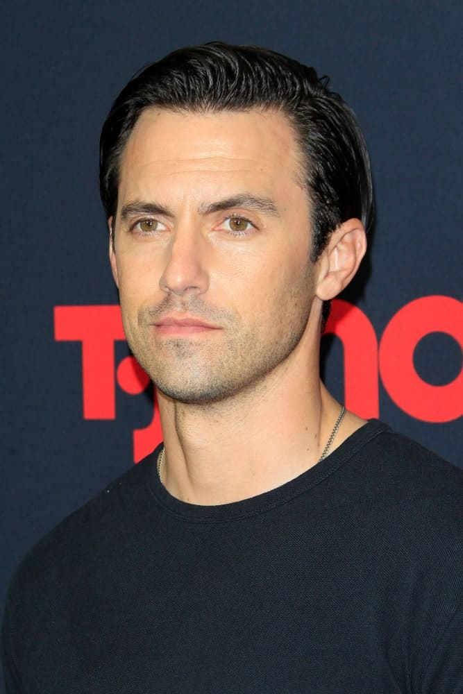 The actor showed up at the Premiere of NBC's 'This Is Us' Season 3 at Paramount Studios on September 25, 2018 rocking a wet slicked back hairstyle paired with a black shirt.