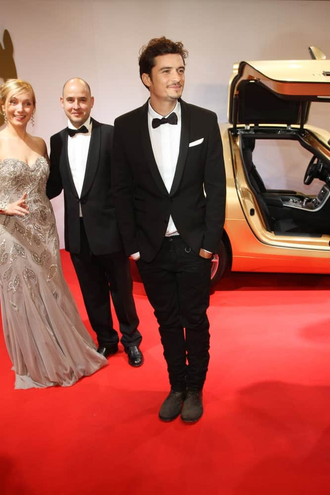 Orlando Bloom brushed up his dark curls into a slick but messy pompadour hairstyle for the Bambi 2010 Awards at Filmpark Babelsberg on November 11, 2010 in Potsdam, Germany.
