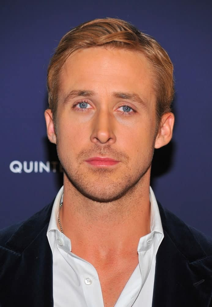 Ryan Gosling sported a highlighted side-parted hairstyle at the BLUE VALENTINE Premiere held at the MoMA Museum of Modern Art in New York on December 7, 2010.