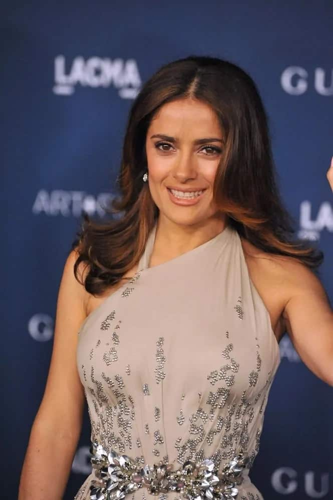 Salma Hayek looked gorgeous and fresh with her loose flipping mane with layers and highlights at the 2013 LACMA Art+Film Gala last November 2, 2013.