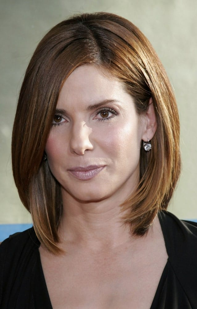"""Last June 13, 2006, Sandra Bullock attended the Los Angeles Premiere of """"The Lake House"""" in California. She was stunning and gorgeous in her black outfit and light brown layered bob hairstyle."""