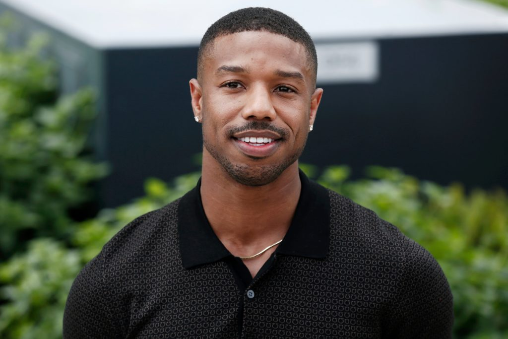 The shape up cut is a popular choice among men with curly hair. Hip-hop artists are the people who influence this haircut more.