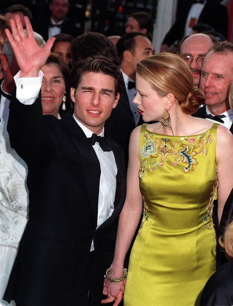 Back in March 24, 1997, Tom Cruise and Nicole Kidman attended the Academy Awards together. Cruise wore a classy suit with his slick and short hairstyle with a slight pompadour look.
