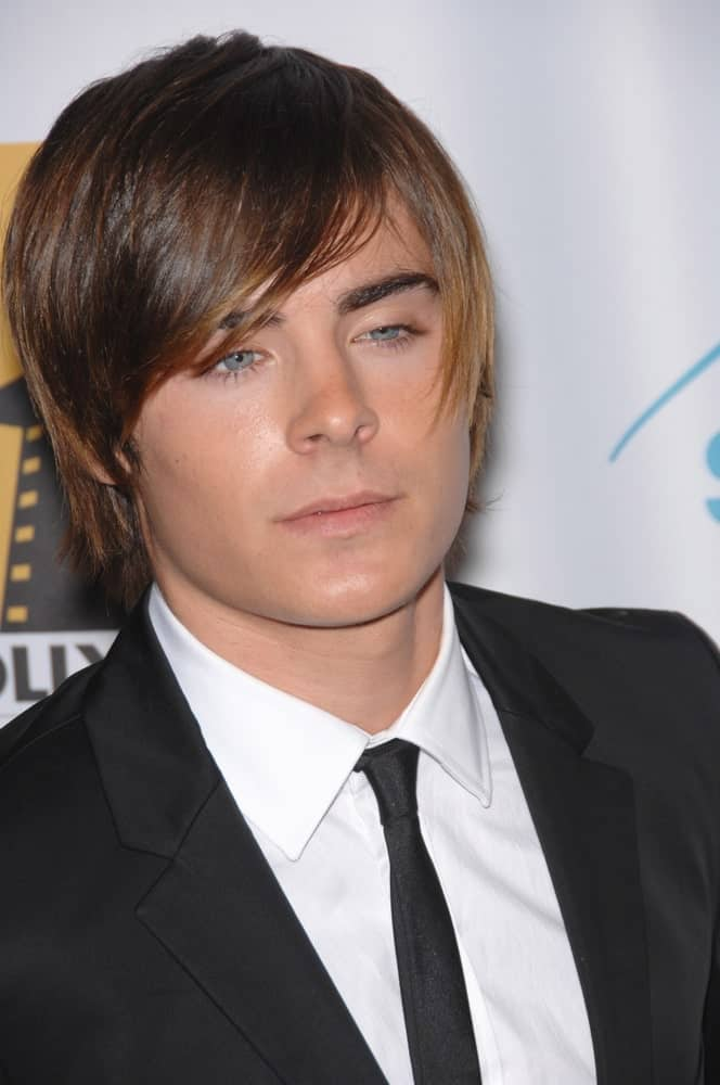 Young Zac Efron with his iconic side-swept bangs hairstyle during the Hollywood Film Festival's 11th Annual Hollywood Awards on October 23, 2007.