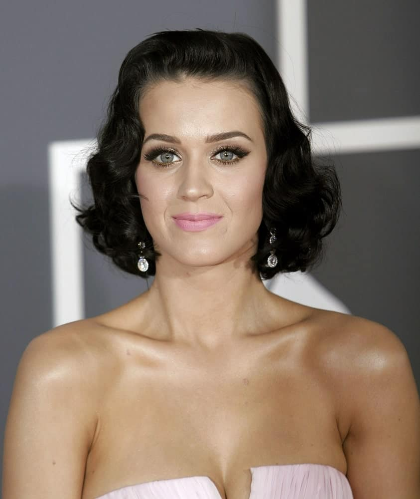 Katy Perry sported a short wavy hairstyle with the middle being slicked back at the 51st Annual Grammy Awards held at Staples Center, Los Angeles on February 8, 2009.