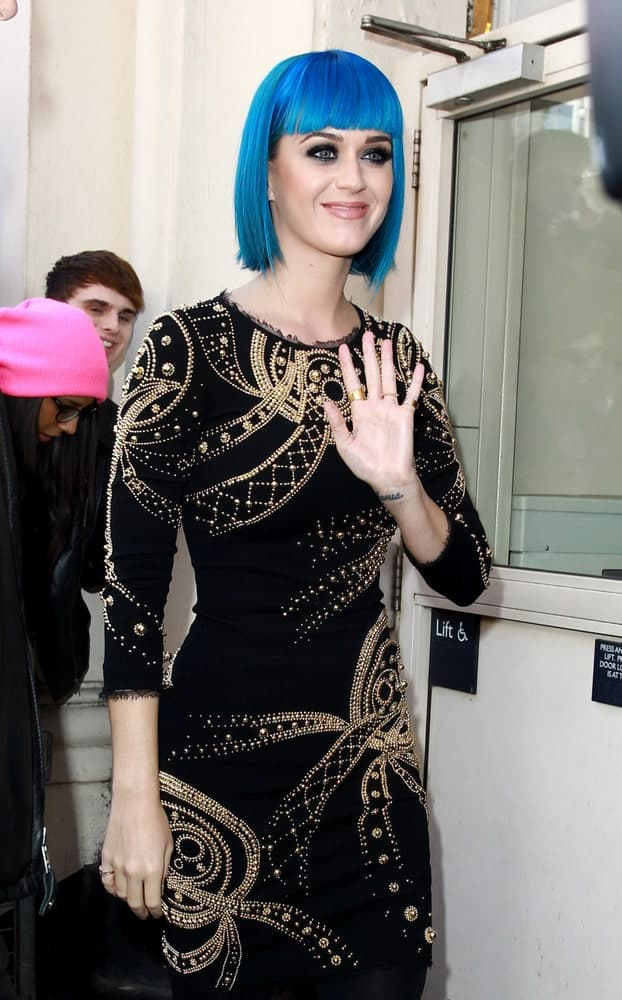 Katy Perry pulled off a blue bob cut with blunt fringe at the BBC Maida Vale studios in London, UK last March 19, 2012.