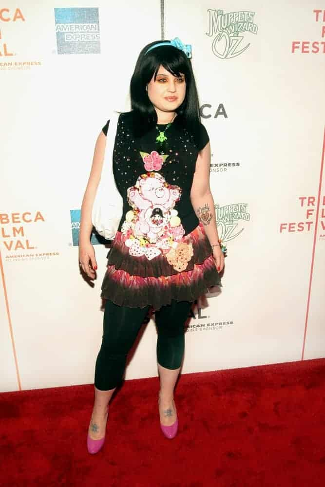 Kelly Osbourne's transformation somewhat can be seen in her 2005 appearance at the premiere of The Muppets' Wizard of Oz in Tribeca Performing Arts Center, New York, 27th of April.