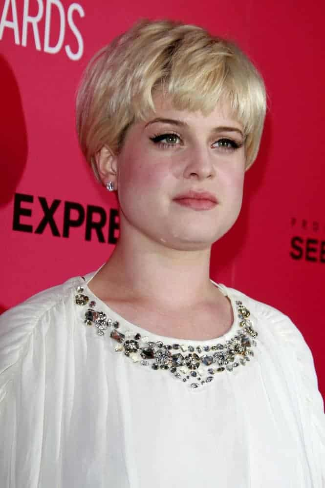Kelly Osbourne with her short blonde pixie hairstyle spotted at Hollywood Life's 6th Annual Hollywood Style Awards at the Armand Hammer Museum in Los Angeles, California, 11th of October.