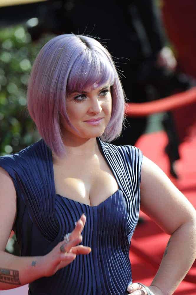 Kelly Osbourne on January 18, 2014, rocking her purple bob hairstyle. The photo was taken during the 20th Annual Screen Actors Guild Awards.