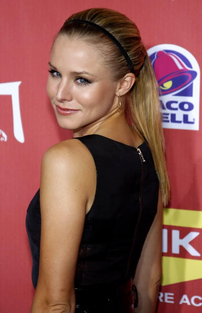 Kristen Bell pulled off a slick ponytail hairstyle with a headband at the 2007 Spike TV's Scream Fest held at the Greek Theater in Hollywood on October 19, 2007.