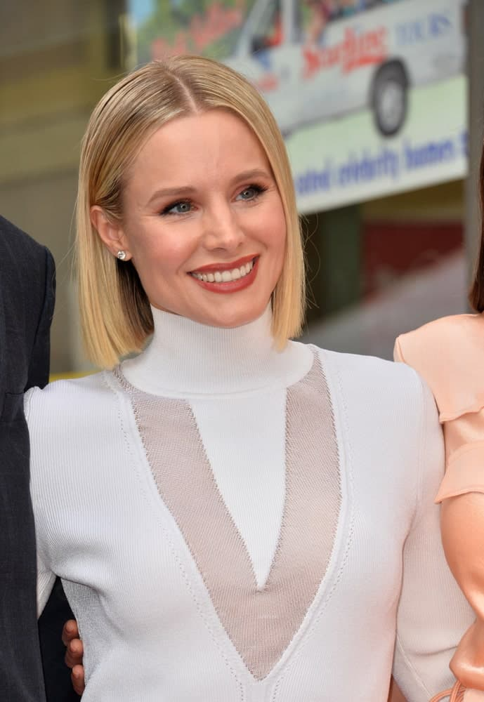 Kristen Bell pulled off a center-parted bob during the Hollywood Walk of Fame Star Ceremony honoring Kristen Bell & Idina Menzel held last November 19, 2019.